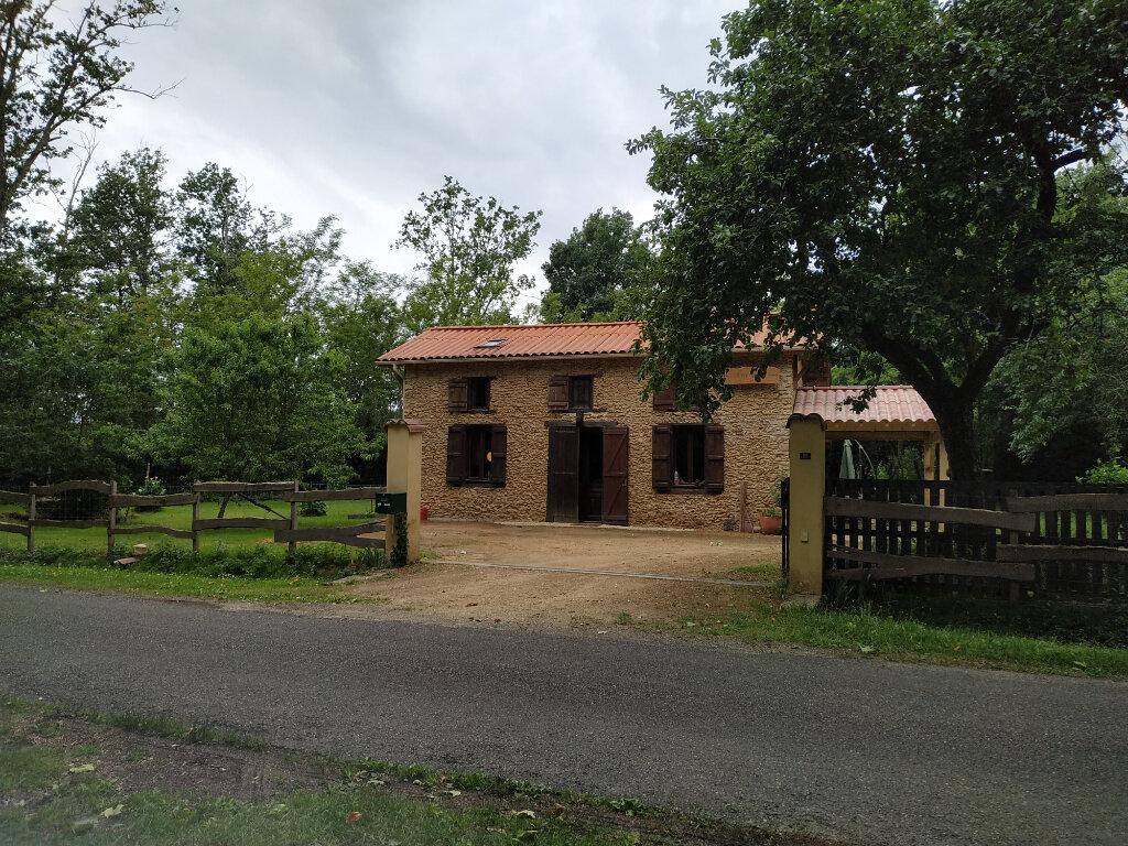 Maison à louer 4 88m2 à Sainte-Foy vignette-1