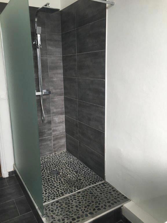 Appartement à louer 4 86m2 à Sanary-sur-Mer vignette-2