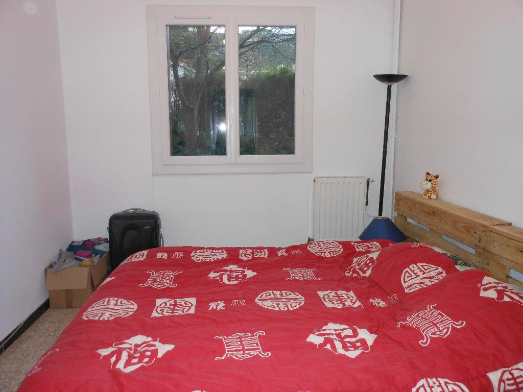 Appartement à louer 2 43.89m2 à Toulon vignette-3