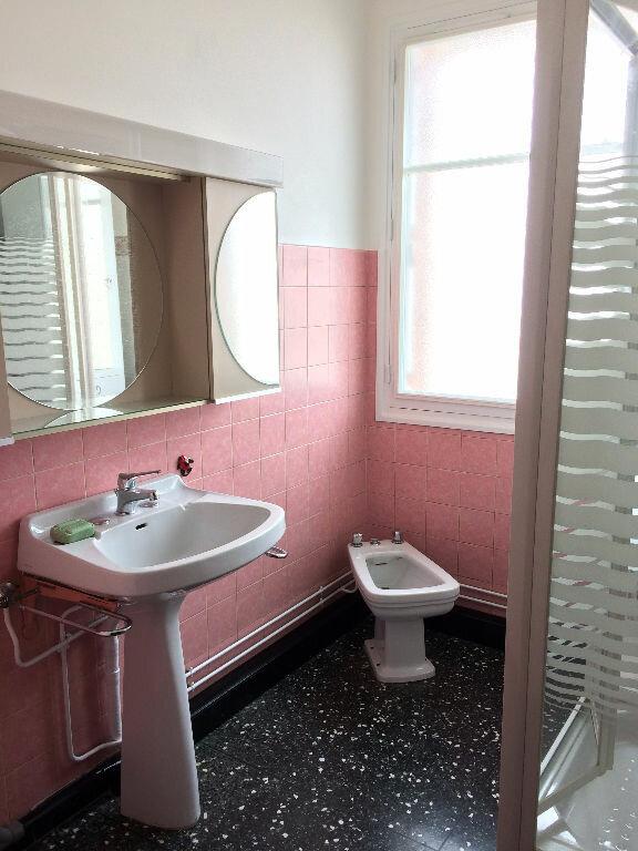 Appartement à louer 4 85.21m2 à La Seyne-sur-Mer vignette-6