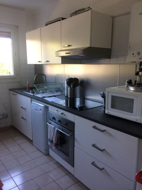 Appartement à louer 3 78.3m2 à Toulon vignette-1