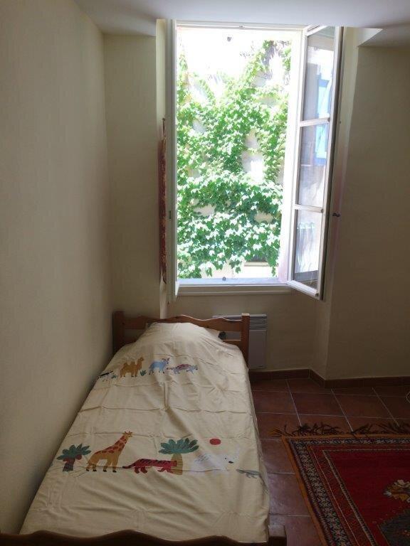 Maison à louer 5 110m2 à La Cadière-d'Azur vignette-8