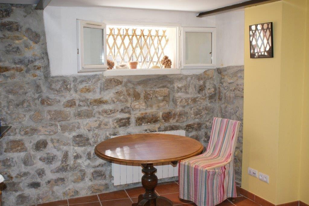 Maison à louer 5 110m2 à La Cadière-d'Azur vignette-11