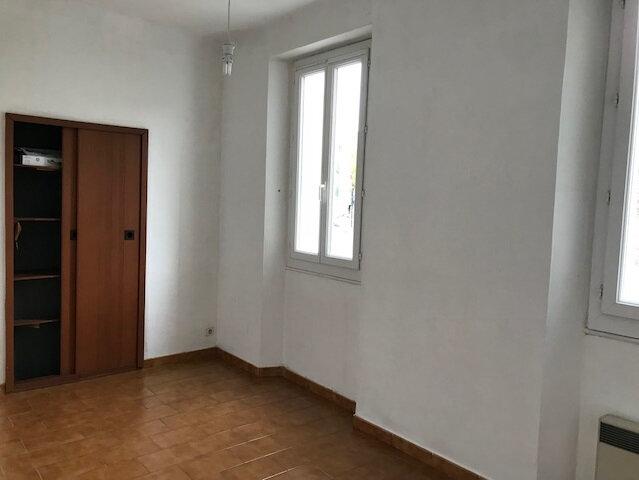 Appartement à louer 3 53m2 à Ollioules vignette-2