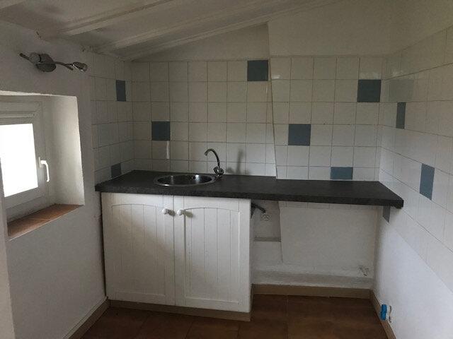 Appartement à louer 1 28m2 à La Cadière-d'Azur vignette-1