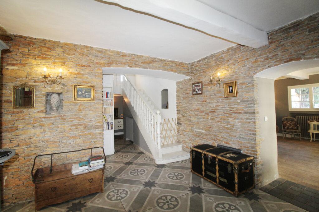 Maison à vendre 9 220m2 à Le Beausset vignette-8