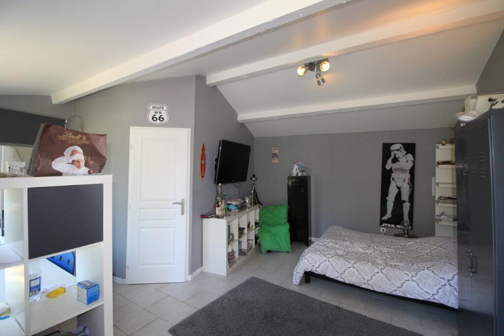 Maison à vendre 9 220m2 à Le Beausset vignette-14