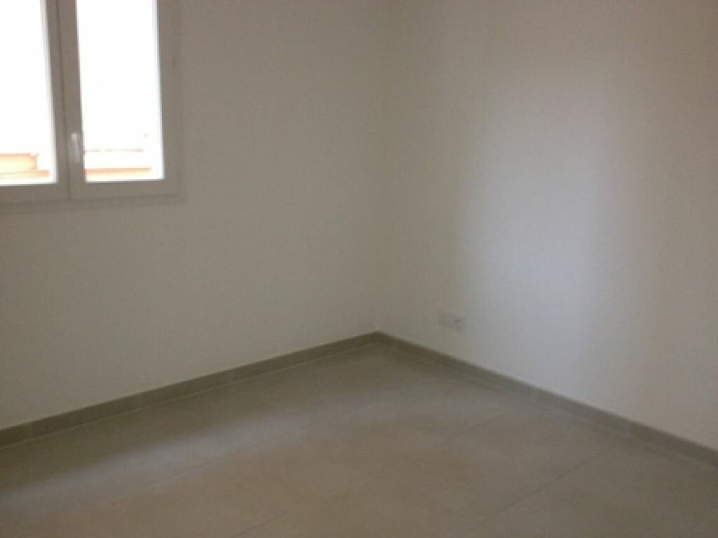 Appartement à louer 2 40m2 à Ollioules vignette-4