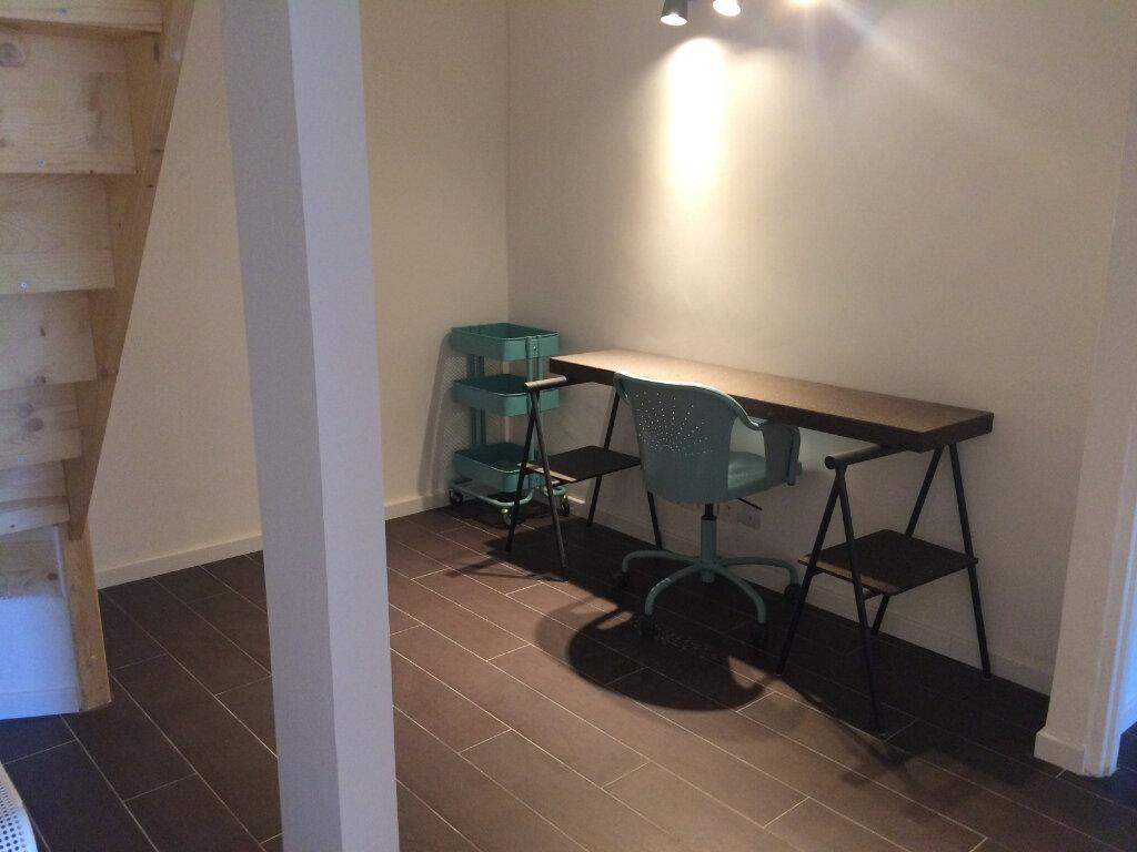 Appartement à louer 3 60m2 à Ollioules vignette-5