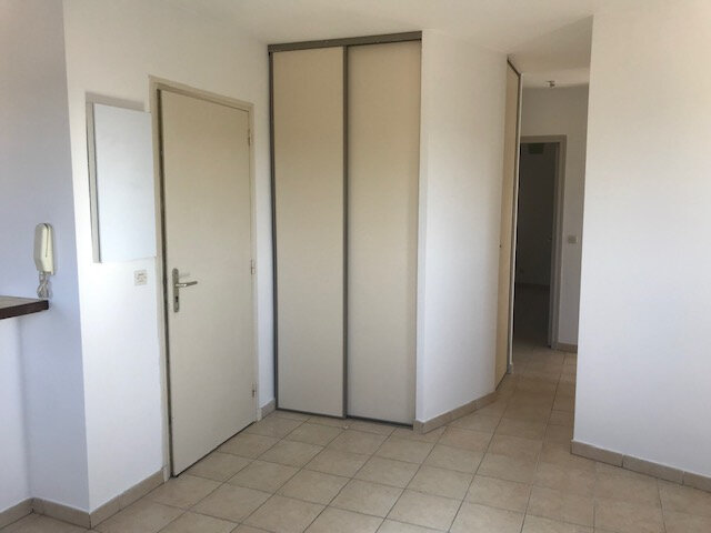 Appartement à louer 3 50m2 à La Cadière-d'Azur vignette-5
