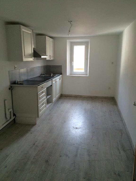 Appartement à louer 3 56.11m2 à Ollioules vignette-2