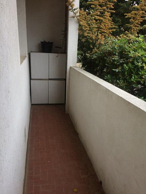 Appartement à louer 3 60m2 à Six-Fours-les-Plages vignette-5
