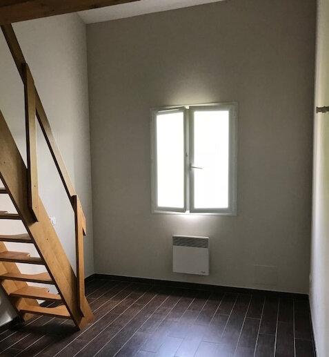 Maison à louer 4 85m2 à Le Beausset vignette-6