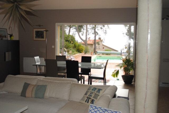 Maison à louer 5 186.83m2 à Toulon vignette-3