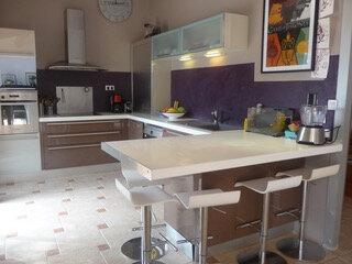 Maison à louer 5 186.83m2 à Toulon vignette-6