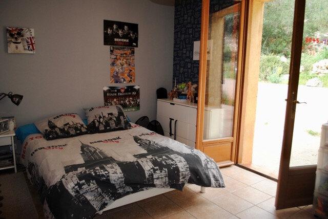 Maison à louer 5 186.83m2 à Toulon vignette-9