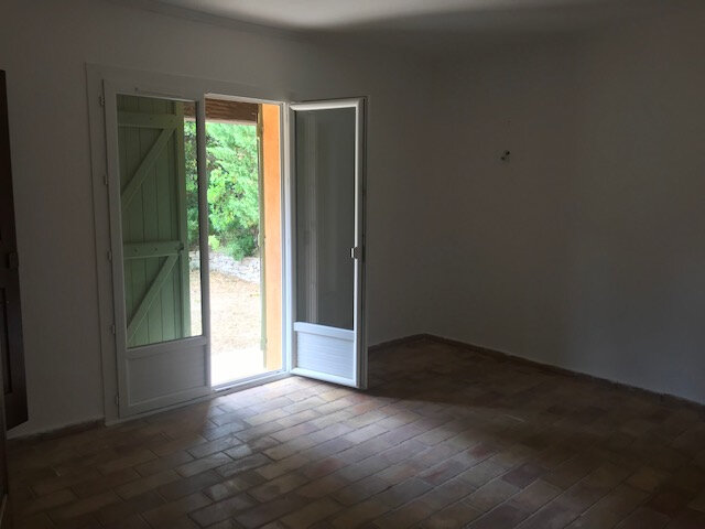 Maison à louer 5 110m2 à Le Beausset vignette-6