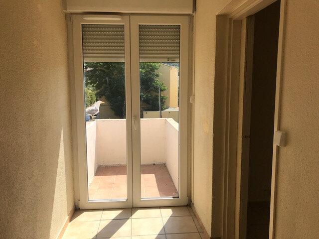 Appartement à louer 3 73m2 à Le Castellet vignette-2