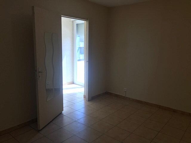 Appartement à louer 3 73m2 à Le Castellet vignette-5