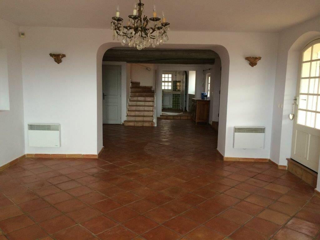 Maison à louer 7 213m2 à La Cadière-d'Azur vignette-2