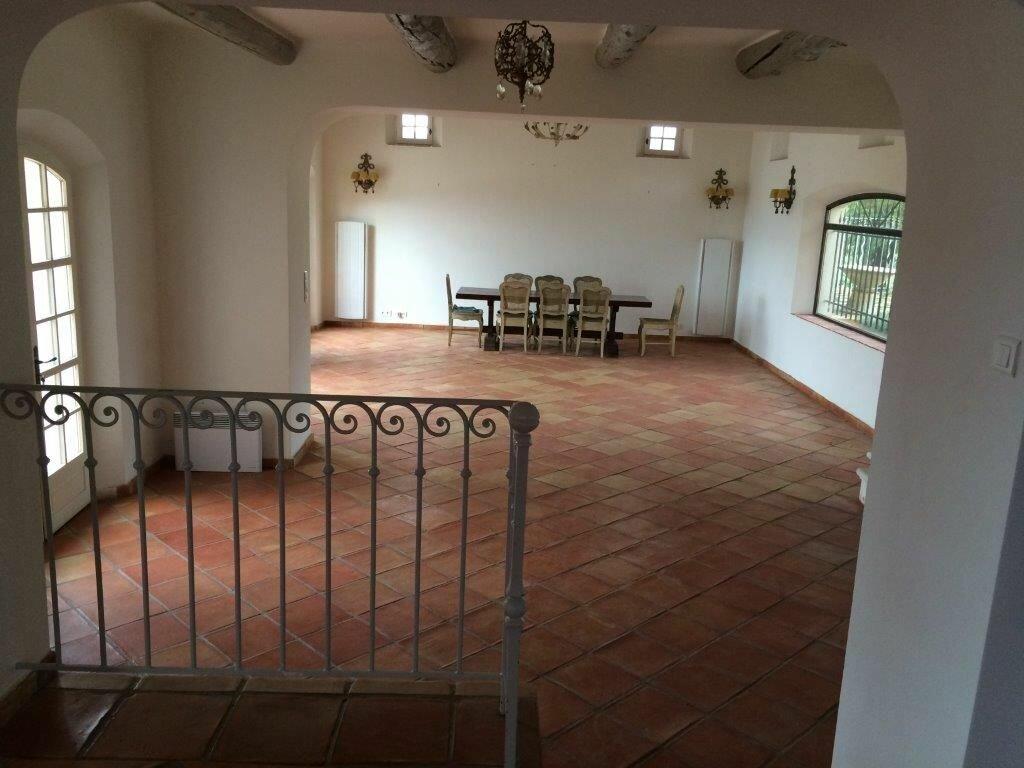 Maison à louer 7 213m2 à La Cadière-d'Azur vignette-3