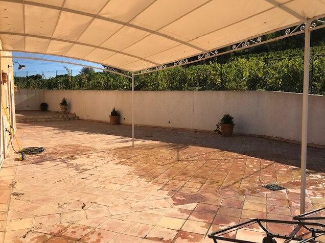 Maison à louer 7 213m2 à La Cadière-d'Azur vignette-9