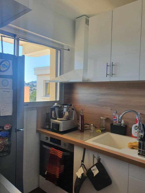Appartement à louer 2 38.5m2 à Sanary-sur-Mer vignette-6