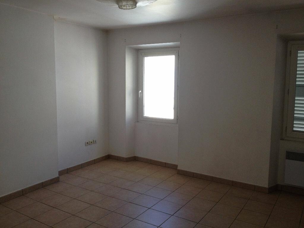 Appartement à louer 3 45.86m2 à Ollioules vignette-5