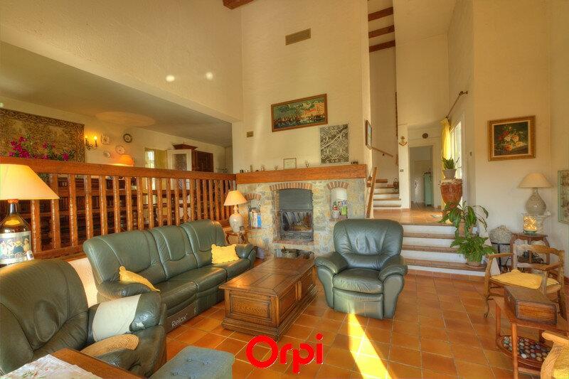 Maison à vendre 7 175m2 à Sanary-sur-Mer vignette-4