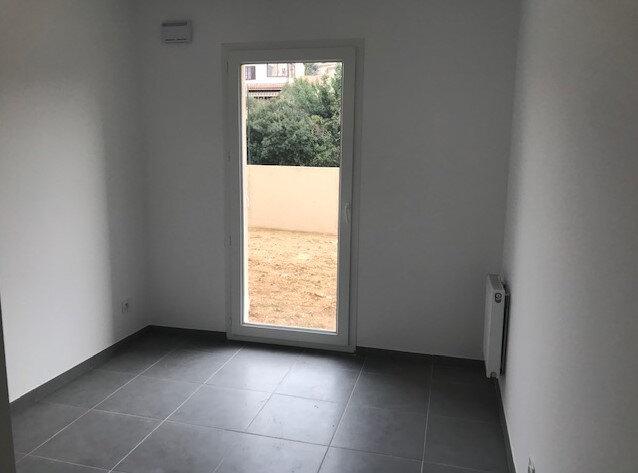 Appartement à louer 3 61m2 à Le Beausset vignette-5