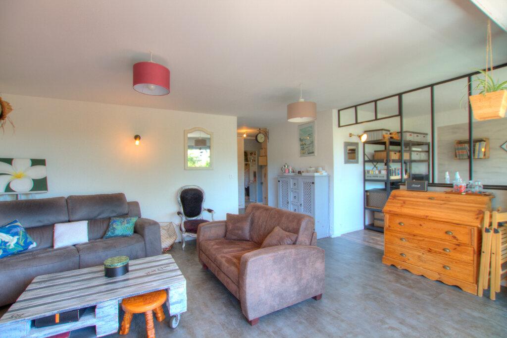 Appartement à vendre 4 81m2 à La Seyne-sur-Mer vignette-3