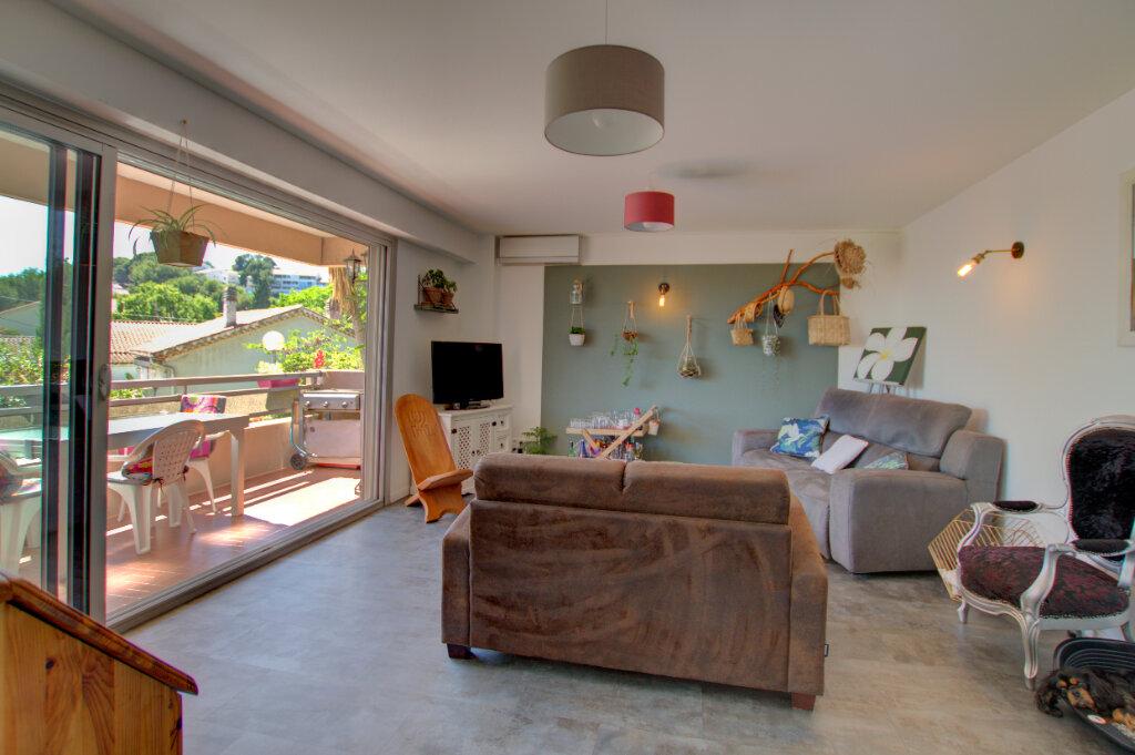 Appartement à vendre 4 81m2 à La Seyne-sur-Mer vignette-15