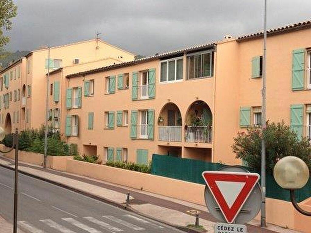 Appartement à louer 4 80m2 à Ollioules vignette-3