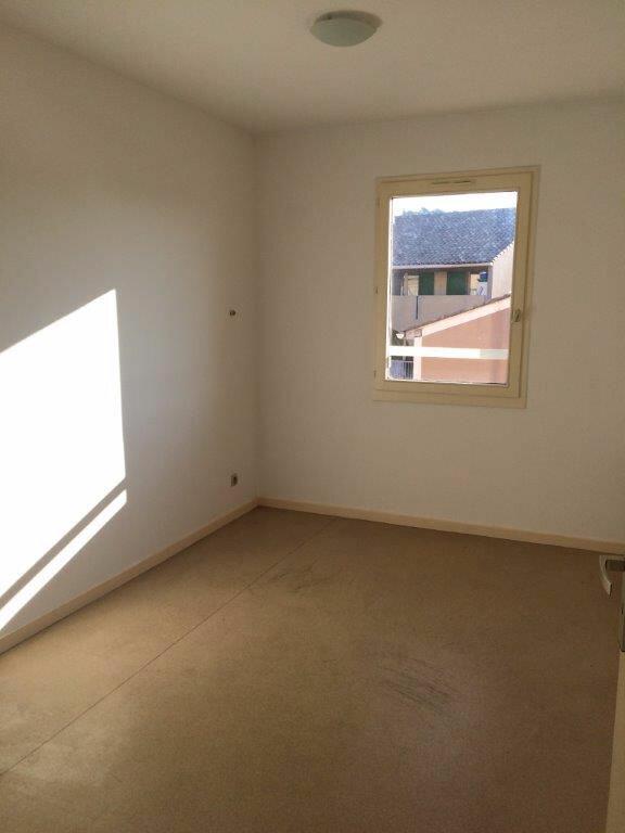 Appartement à louer 4 80m2 à Ollioules vignette-5