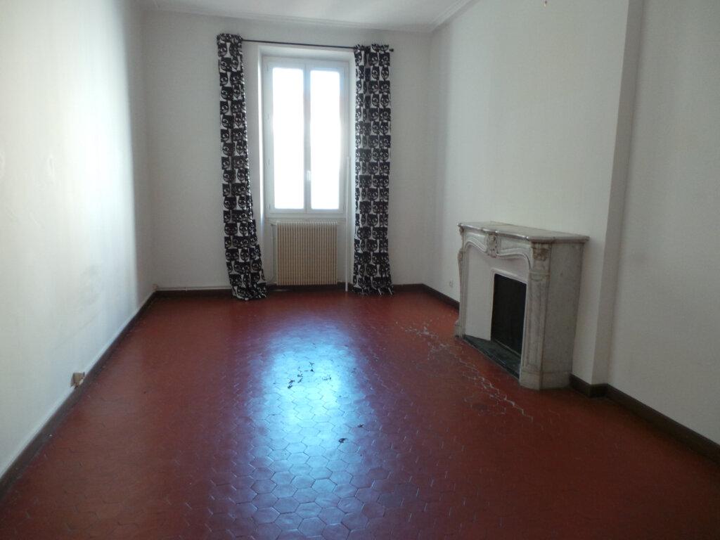 Appartement à louer 5 121.68m2 à Toulon vignette-7
