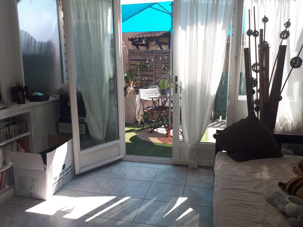 Maison à louer 3 40m2 à Sanary-sur-Mer vignette-1