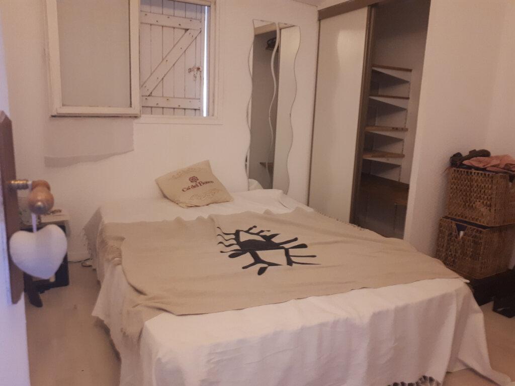 Maison à louer 3 40m2 à Sanary-sur-Mer vignette-4