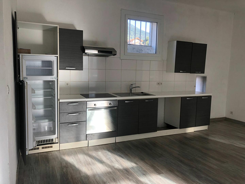 Appartement à louer 3 67m2 à Toulon vignette-3