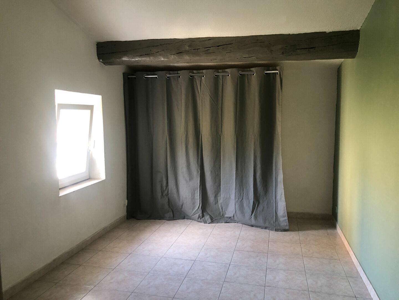 Appartement à louer 1 22.16m2 à Le Revest-les-Eaux vignette-3