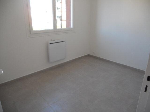 Appartement à louer 2 41m2 à Toulon vignette-4