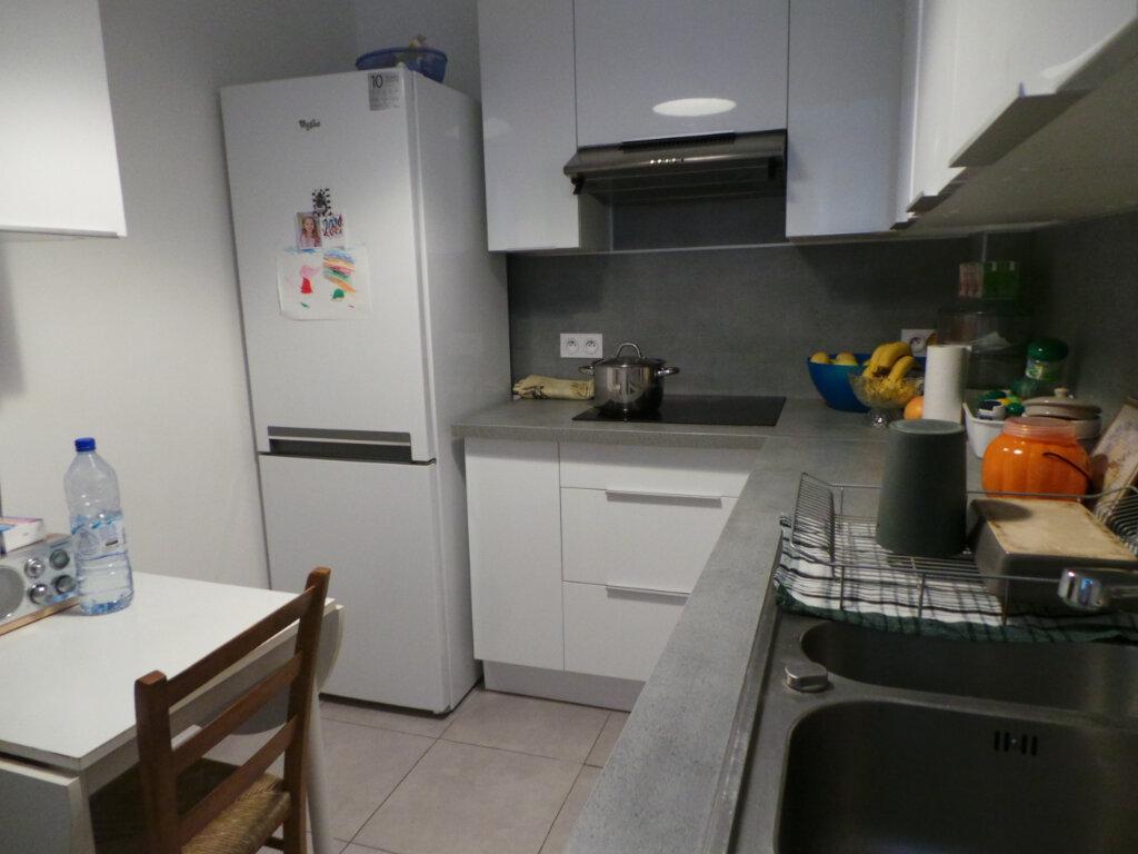 Appartement à louer 2 41m2 à Toulon vignette-7