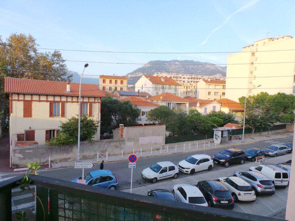 Appartement à louer 2 41m2 à Toulon vignette-9
