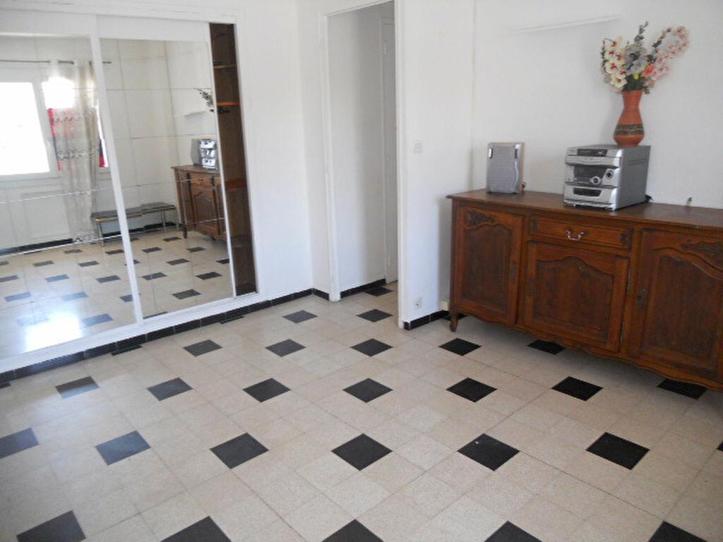 Appartement à louer 2 39m2 à Toulon vignette-3