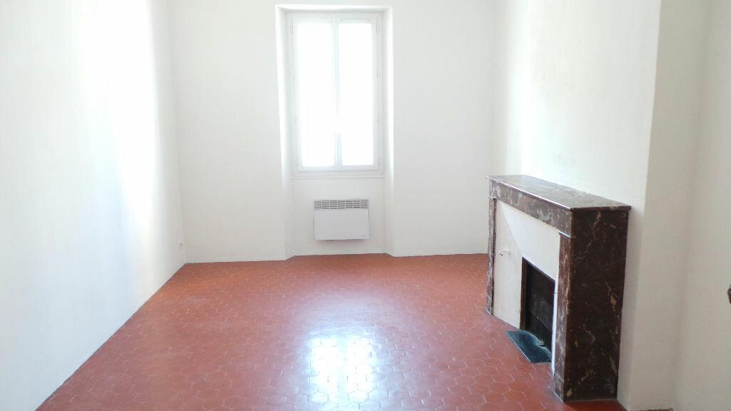 Appartement à louer 3 91.09m2 à Toulon vignette-6