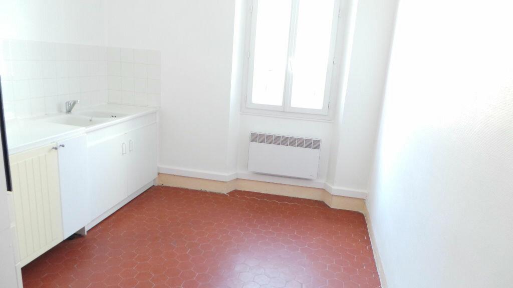 Appartement à louer 3 91.09m2 à Toulon vignette-8