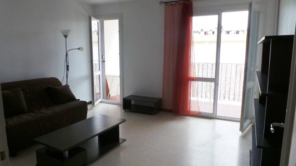 Appartement à louer 1 26.45m2 à Toulon vignette-2