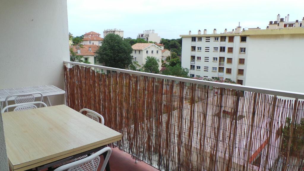 Appartement à louer 1 26.45m2 à Toulon vignette-5