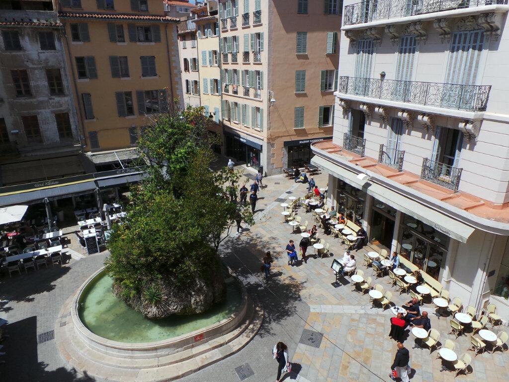 Appartement à louer 2 46.65m2 à Toulon vignette-1