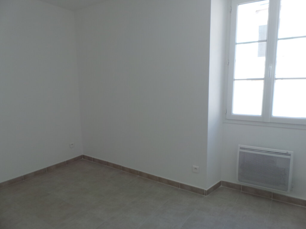 Appartement à louer 2 46.65m2 à Toulon vignette-4