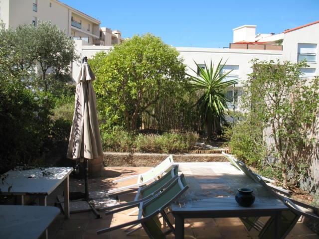Appartement à louer 3 61.43m2 à Toulon vignette-1